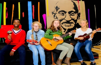Gandhi Jayanti at the Bednarska School